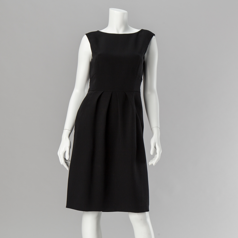 newest 761c6 3ec96 A black dress by Philosophy di Alberta Ferretti. - Bukowskis