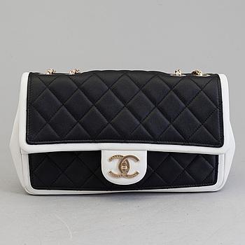 """VÄSKA, """"Classic medium"""", Chanel 2014."""
