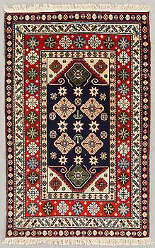 MATTA, Kaukasisk old ca 177 x 124 cm.