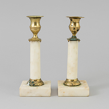 GUSTAVIANSK, A pair of early 20th century candlesticks.