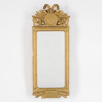 A 18th century gustavian mirror.