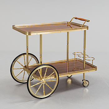 A SERVING TROLLEY SECOND HALF OF THE 20TH CENTURY.