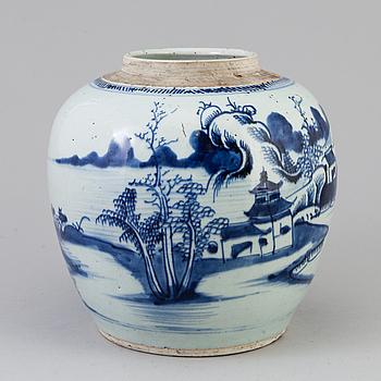 BOJAN, porslin. Qingdynastin, sent 1700-tal.
