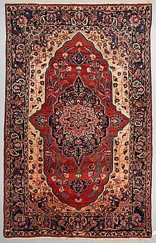 MATTA, Bakthiari, ca 330 x 210 cm.