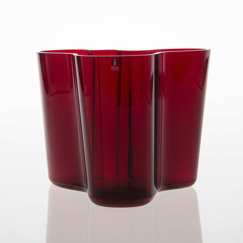 Alvar aalto a savoy glass vase signed alvar aalto 81998 10836583 bukobject reviewsmspy