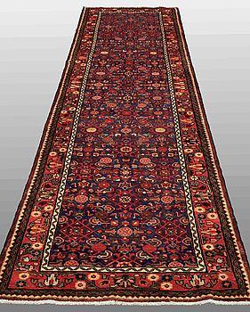 GALLERIMATTA, Hamadan, ca 440 x 108 cm.