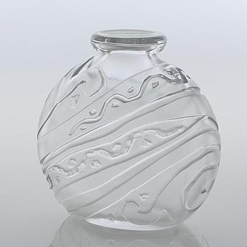 LARS FLETRE, vas, glas, Hadeland Glassverk, signerad med initialer samt daterad 1948.