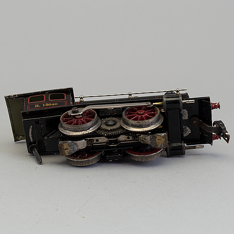 18 parts of modelltrains including märklin, bing wercke, karl bub germany, first half of the 20th century