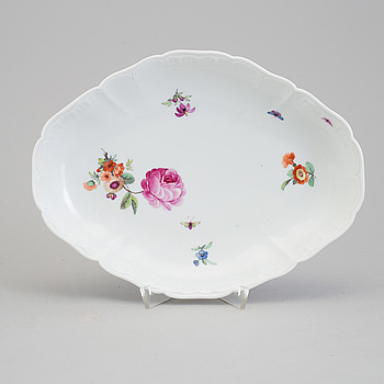 A porcelain dish, Berlin, 19th century.