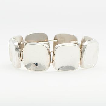 GEORG JENSEN, RANNEKORU, hopeaa, suunnitellut Bent Knudsen, 1960-luku.