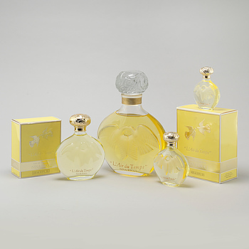 "NINA RICCI, factices, ""L´Air du Temps"", five perfumebottles."