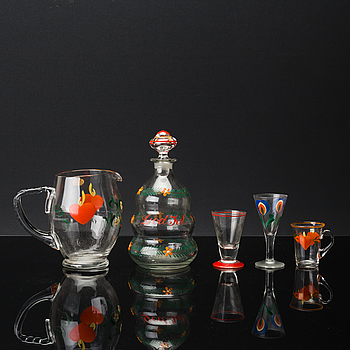 A 21 PIECES GLASS SERVICE 20TH CENTURY.