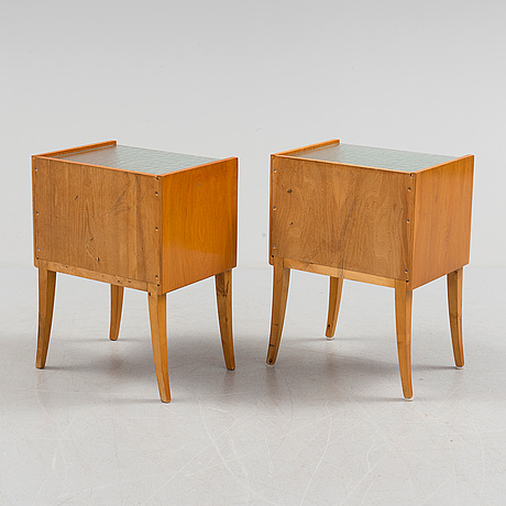 a pair od mid 20th century bedside tables. - bukowskis