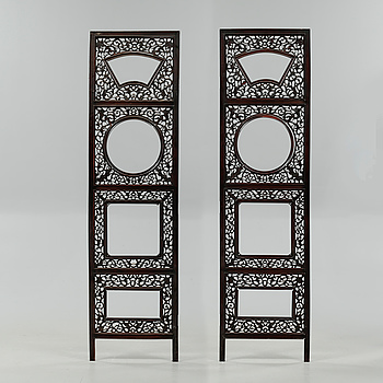 Two wooden panels from China, 20th century.