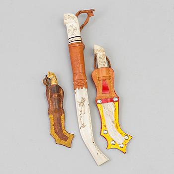 THREE BONE-HANDLED KNIVES, 20th century.