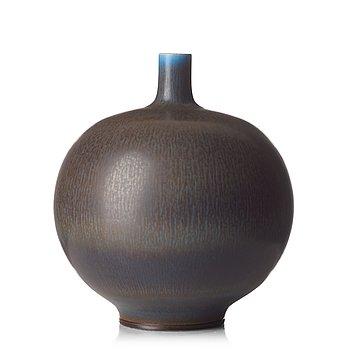 66. BERNDT FRIBERG, a stoneware vase, Gustavsberg studio, Sweden 1965.