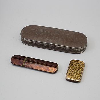 DOSOR, mässing och tenn, 3 st, 1800-tal.
