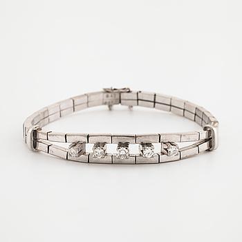 ARMBAND, med briljantslipade diamanter totalt 0.40 ct.