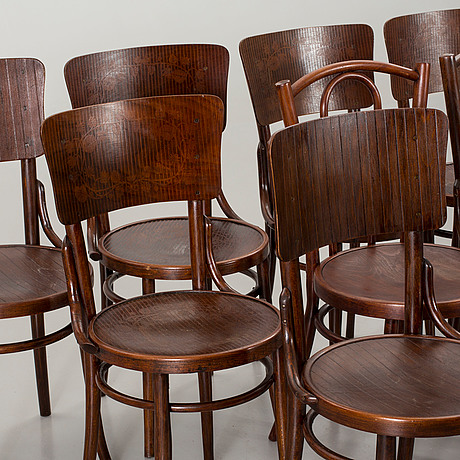 Photo Bukowskis & Ten chairs Thonet-Mundus. - Bukowskis