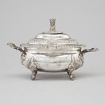 WILLIAM BATEMAN, sockerskål med lock, silver, London, 1800-talets mitt.