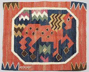 A textile by Märta Måås Fjetterström, signed AB MMF, ca 39 x 40 cm.