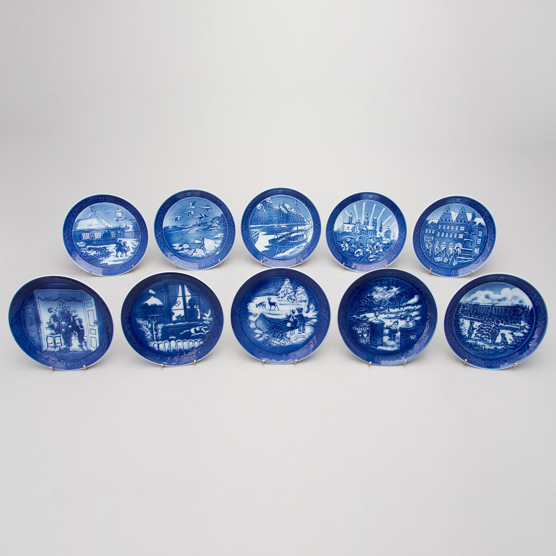 A set of 38 porcelain Christmas plates, Royal Copenhagen ...
