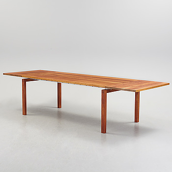 "Christina STRAND, Niels HVASS, matbord ""Straight"", Carl Hansen, Tranekær Furniture AS, Danmark."
