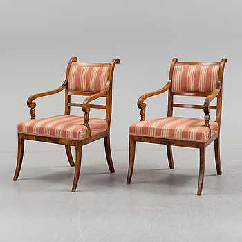 KARMSTOLAR, ett par, Karl-Johan, 1800-talets första hälft.