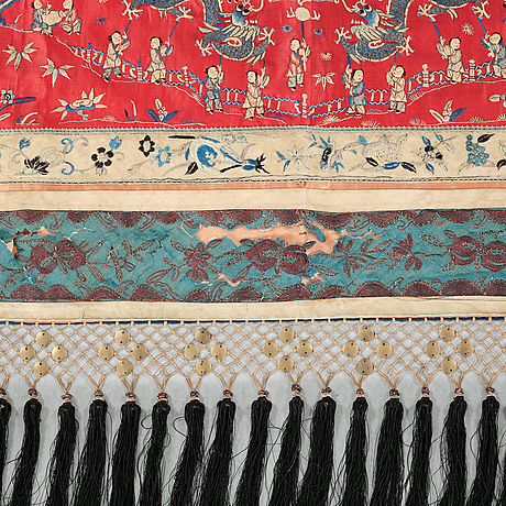 An embrodery from china, around the year 1900