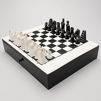 PAULI PARTANEN, A CHESS SET, signed Pauli Partanen, Arabia Finland.