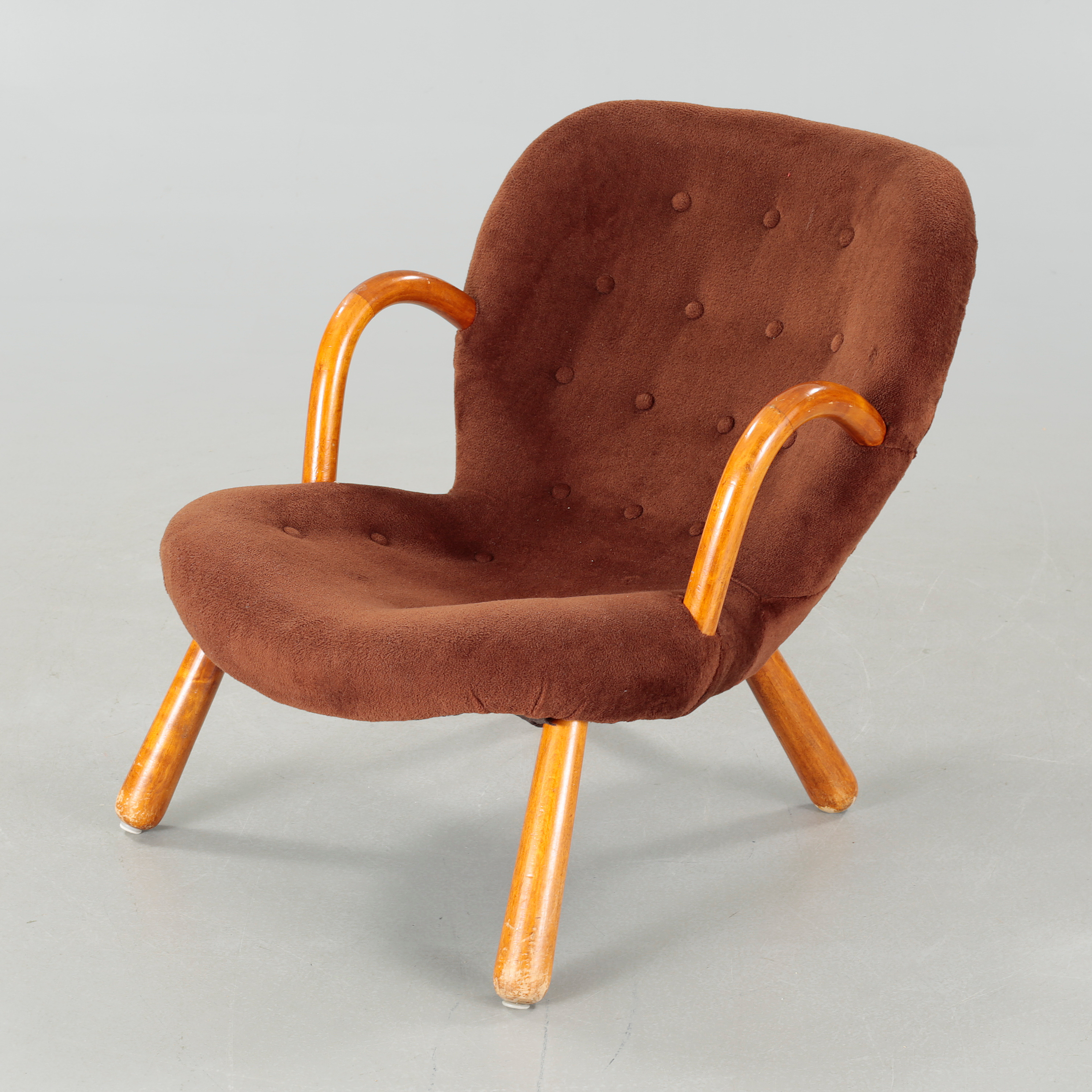 A mid 20th century chair, model \
