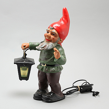 A garden gnome from Heissner in Germany, second half of the 20th century.