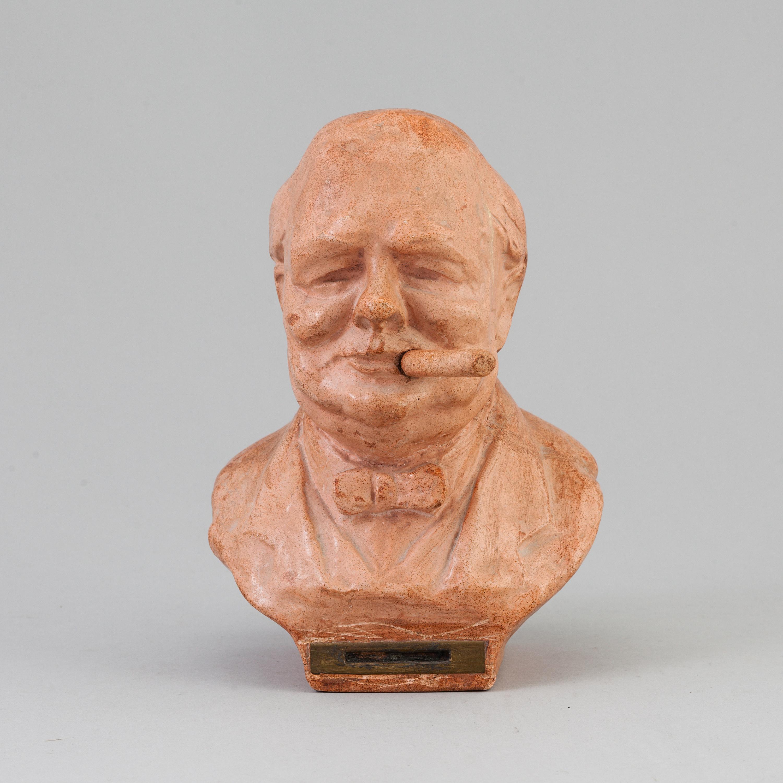 A cigar lighter depicting Sir Winston Churchill  Second quarter of
