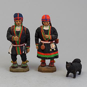 TORBORG LINDBERG-KARLSSON, figuriner, 3 st, skuret trä, signerade T.L.